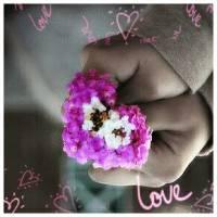 Скачать gif картинку: Цветы сердечком